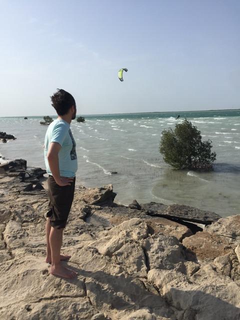 Ebb Wieczorek - take in the local kite scene