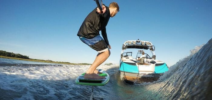 Learn to wakesurf foil