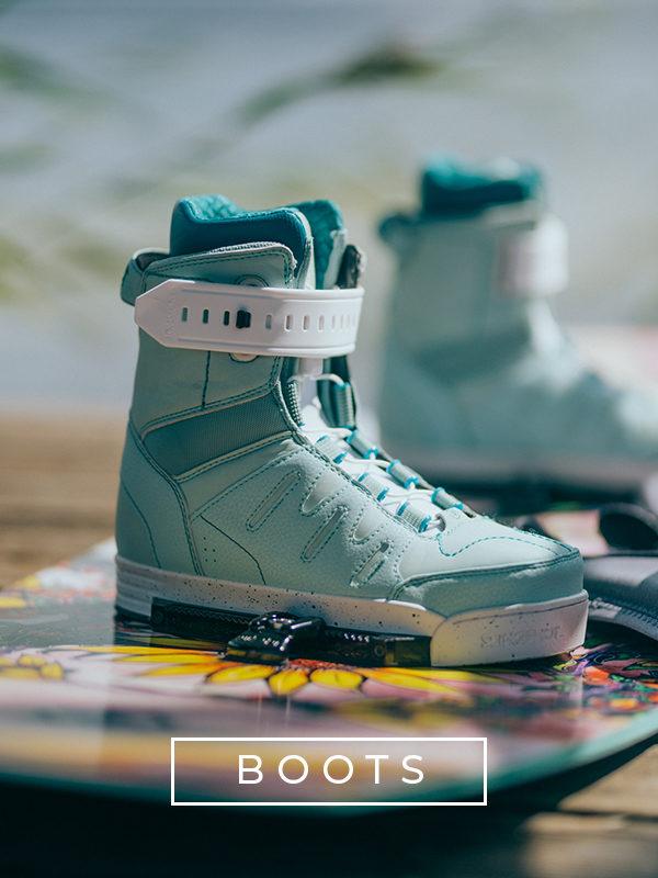 Slingshot Wake boots