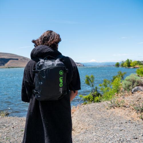 UFO kite backpack