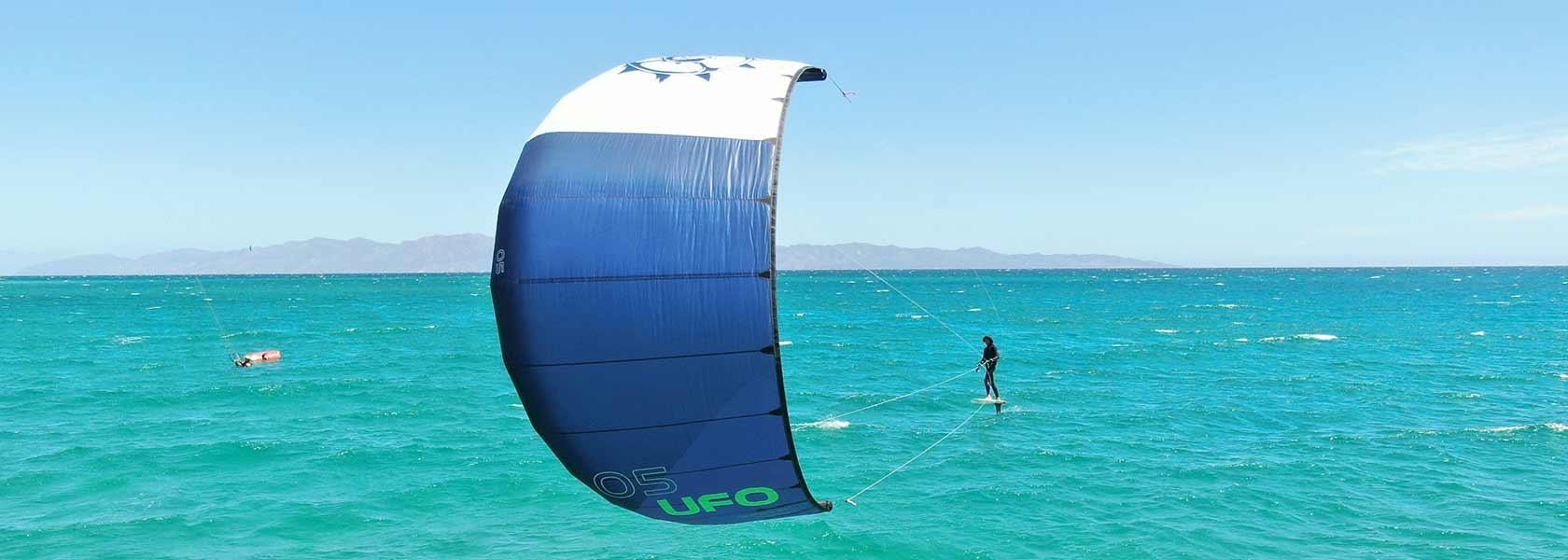 UFO Strutless foil kite